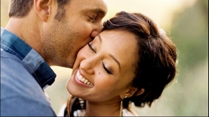 The ABSOLUTELY gorgeous Tamera Mowry-Housley and hubby, Adam. I'm obsessed with her, y'all.